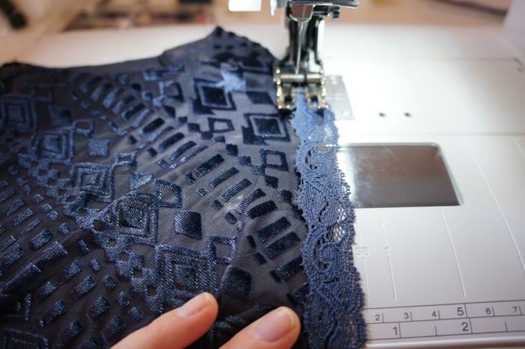 lace binding