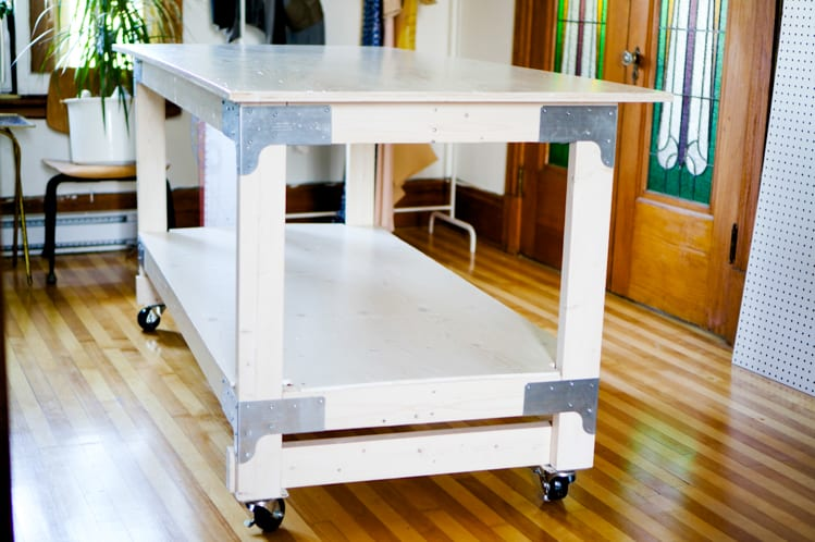 how to build a fabric cutting table