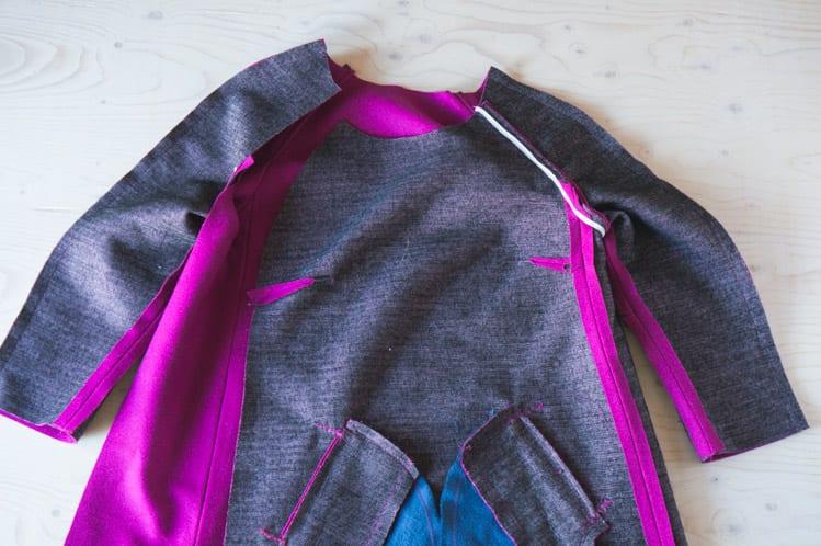 Clare Sewalong_Sewing raglan sleeves-19