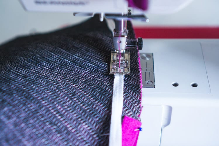 Clare Sewalong_Sewing raglan sleeves-9