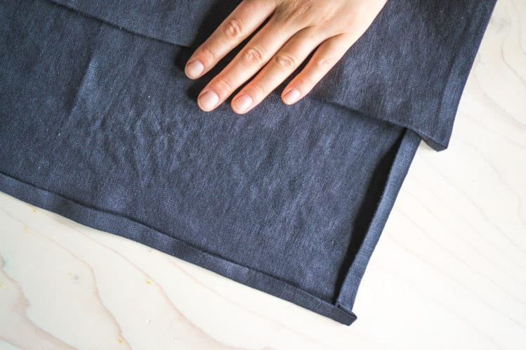 How to sew napkin with mitered corners2
