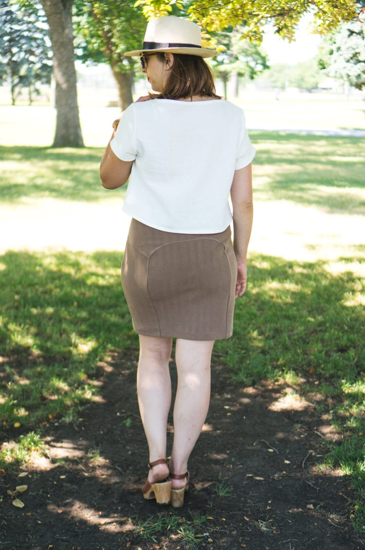 Linen Inari tee + deer and doe brume skirt-7