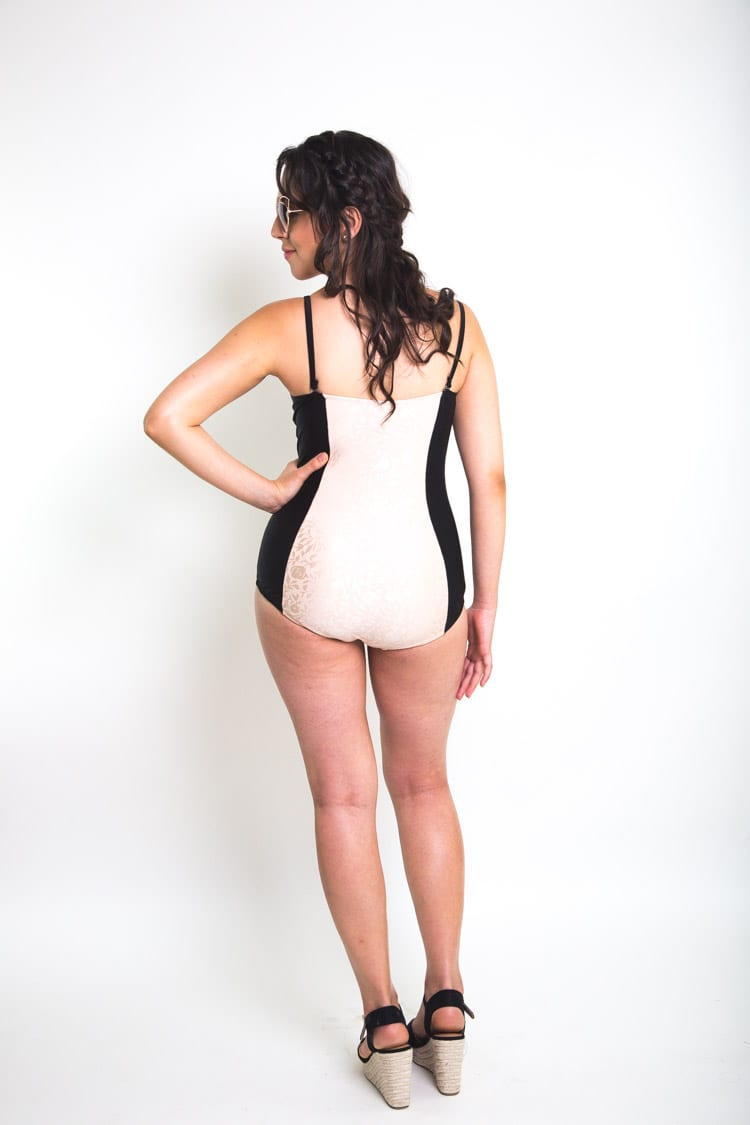 Sophie Swimsuit Pattern// Foam cup underwired bustier style one piece // Closet Case Files
