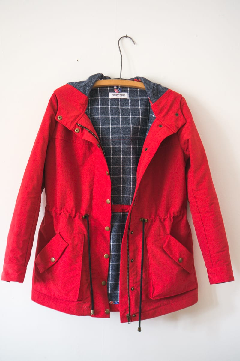 Waterproof Kelly Anorak // Red nylon with flannel underlining // Closet Case Patterns