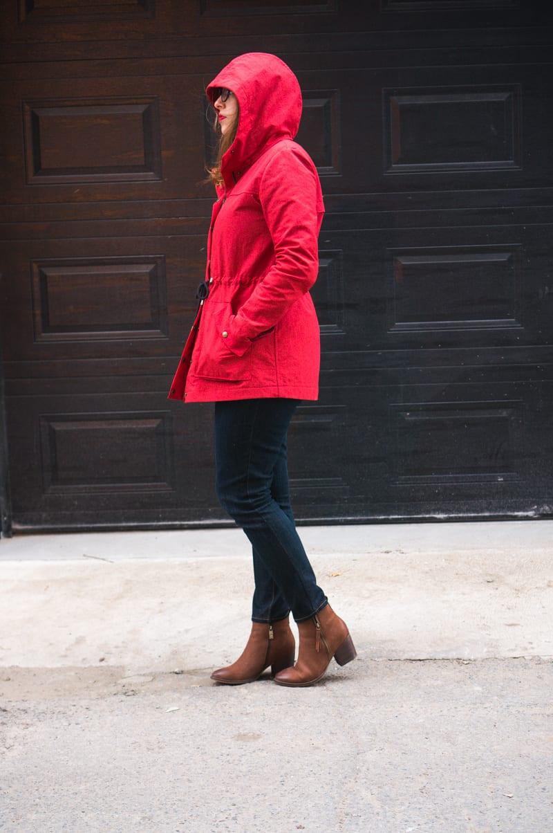 Waterproof Kelly Anorak // Red nylon with flannel underlining // Closet Case Patterns