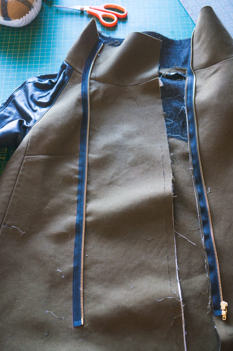 Clare Coat sewing pattern // How to install an exposed zipper // Closet Case Patterns