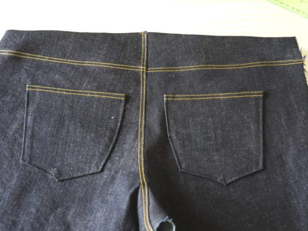 Ginger Jeans Sewalong: Assembling the back legs