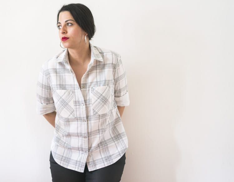 Button down shirt in plaid flannel | Grainline Archer sewing pattern | Closet Case Files // closetcasefiles.com