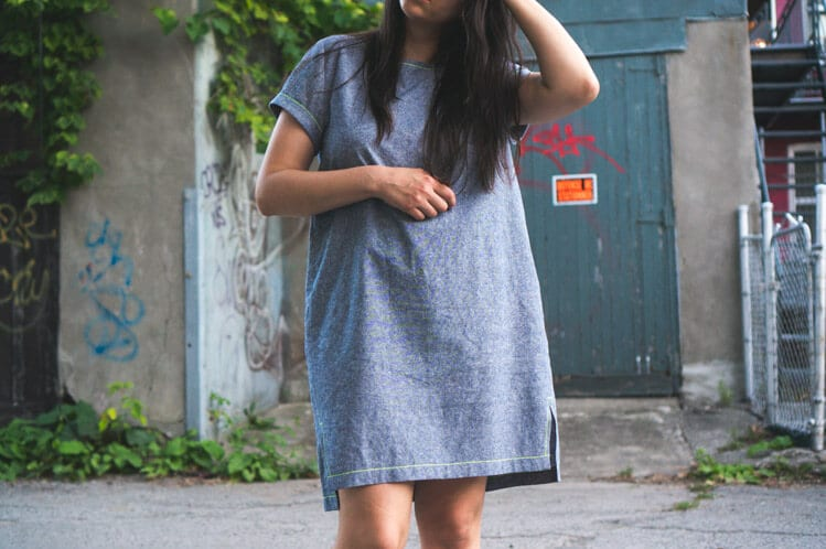 Inari Tee dress in linen // Named sewing pattern // Closet Case Files