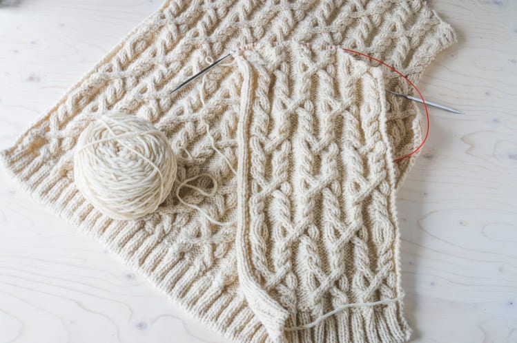 Snoqualmie Knitalong // Knitting the back and front // Closet Case Files