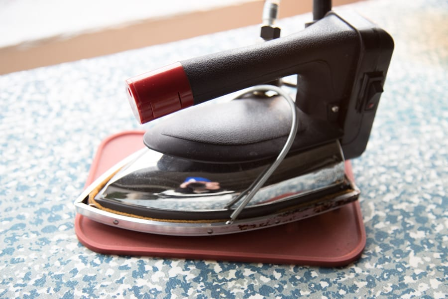 Gravity feed iron - Best irons for serious sewing // Our Pressing station at Closet Case Patterns