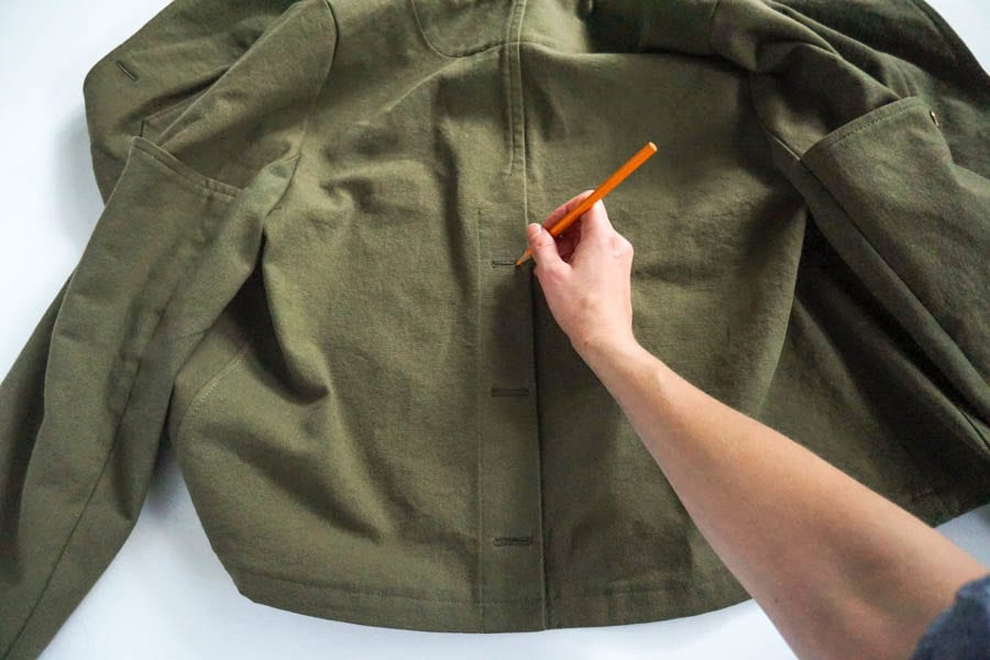 Sienna Maker Jacket Sewalong // Assembling View C Back Unlined Jacket Vent Button Placket // Closet Case Patterns