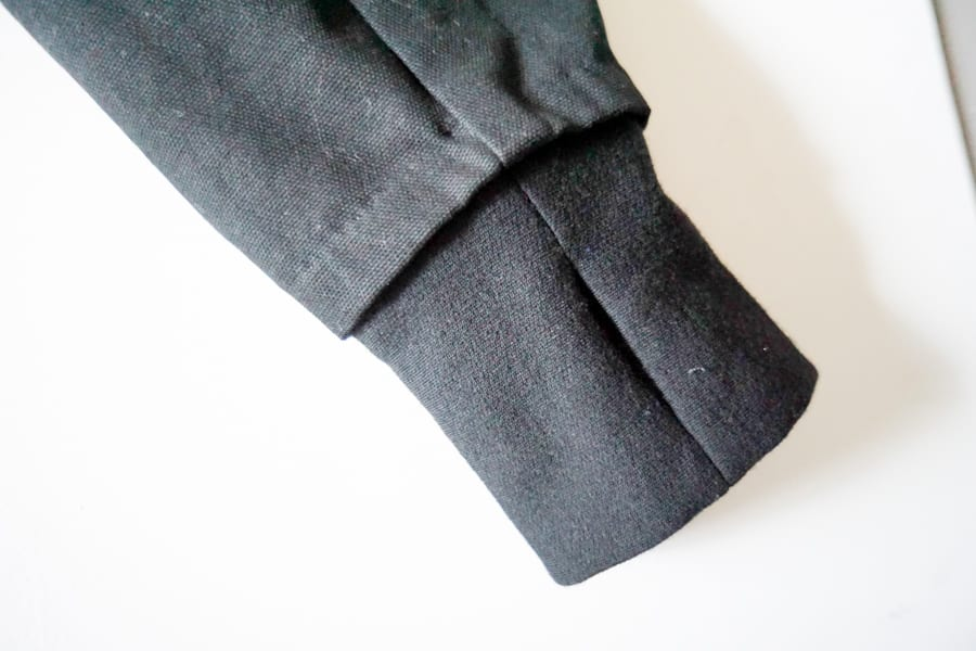 Adding a hood and thumb hole cuffs to the Sienna Maker Jacket // Closet Case Patterns