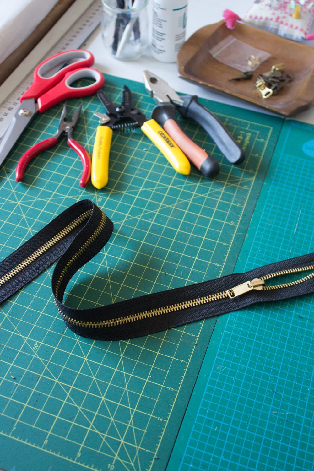 How to Customize the Perfect Zipper